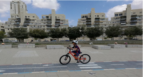 כפירי בדרכים, לומד לרכוב על אופניים