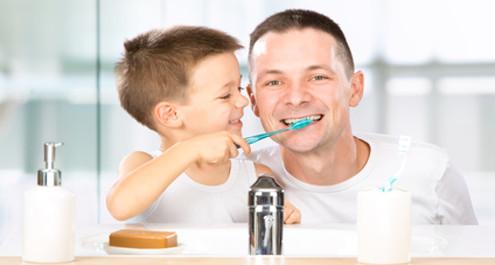 צחצוח שיניים לילדים - כל מה שצריך לדעת