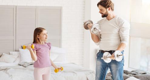 אימון כושר לילדים: 5 אימונים ביתיים שיזיזו לכם את הילדים!
