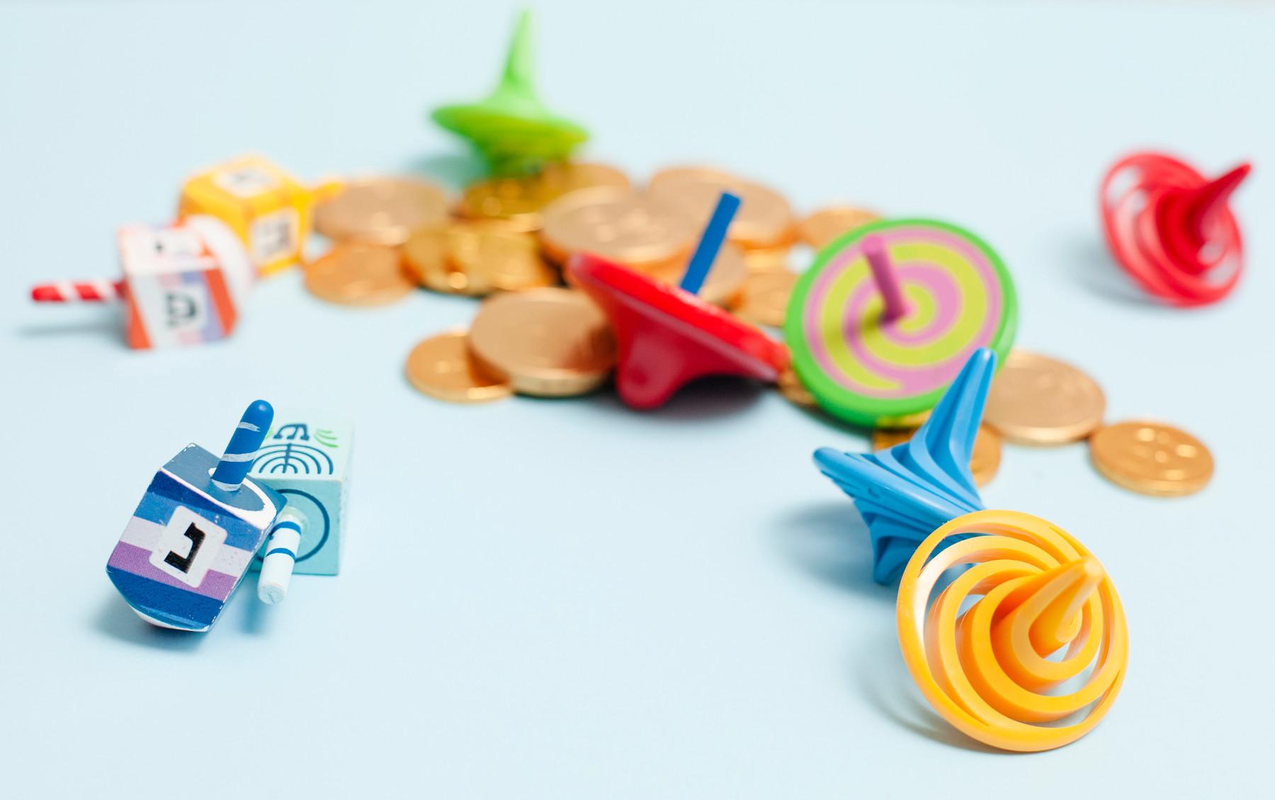 פעילויות לילדים: 4 רעיונות למשחקי סביבונים