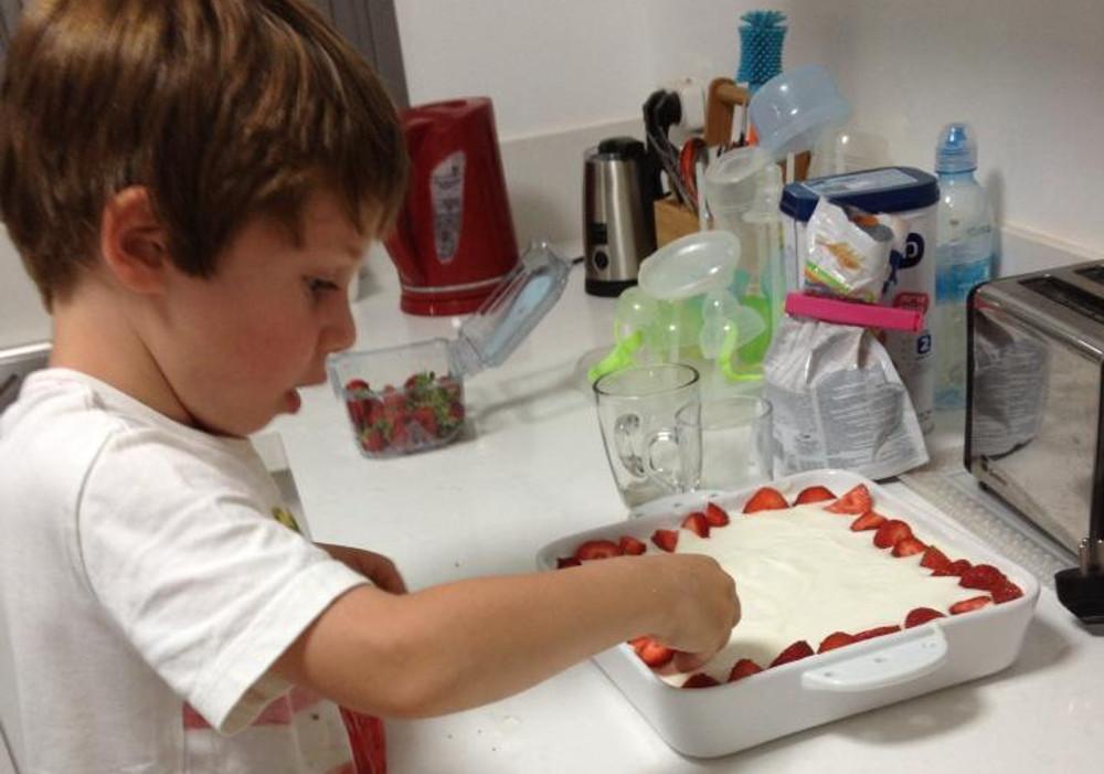 עוגת גבינה קלה להכנה