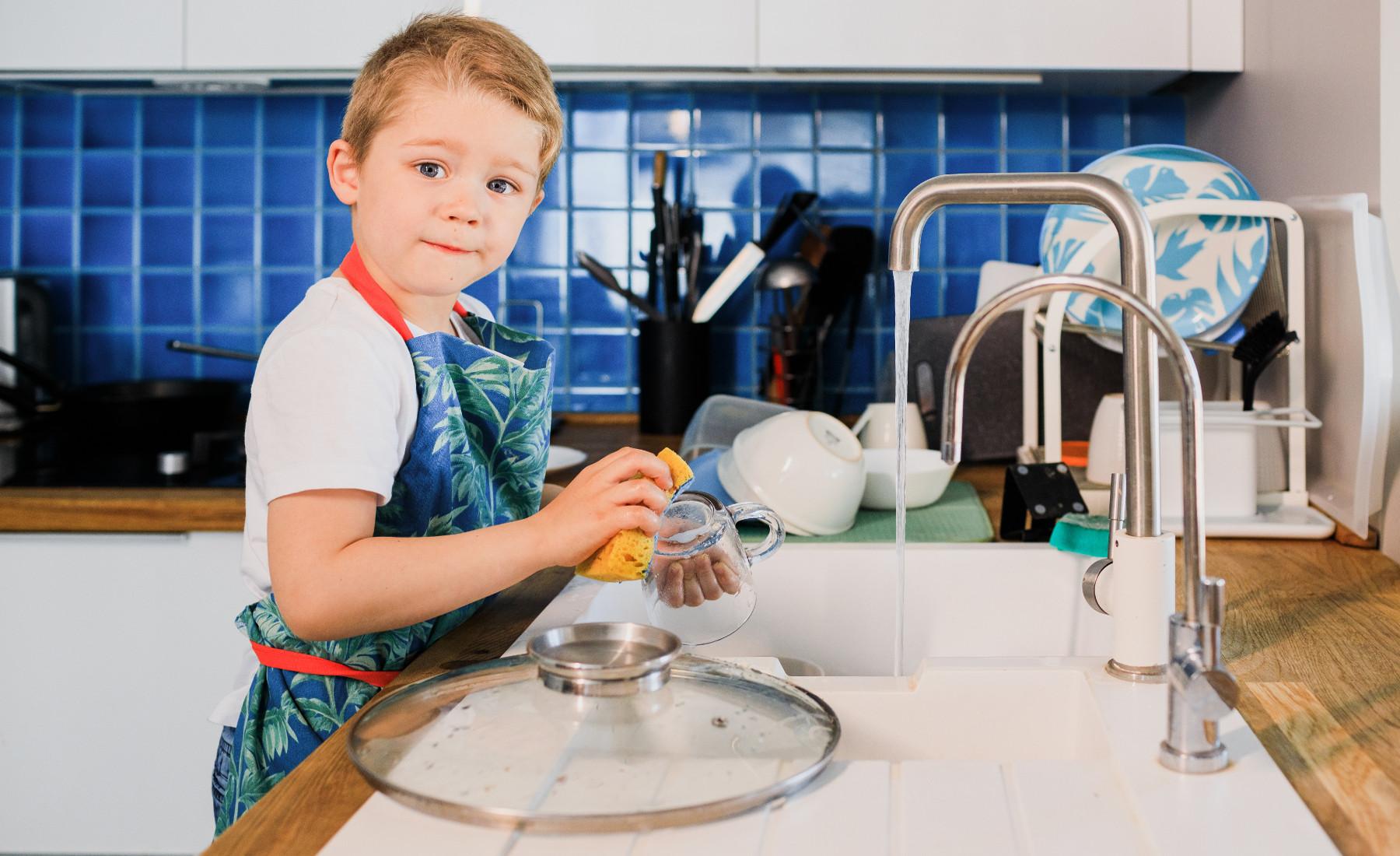 ילד שעוזר בבית זה לא חלום!